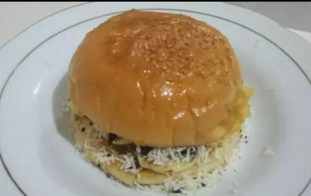 burger pisang oreo