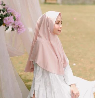 Deav hijab untuk lebaran