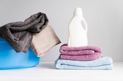 manfaat softener laundry pelembut pakaian yang perlu kamu ketahui
